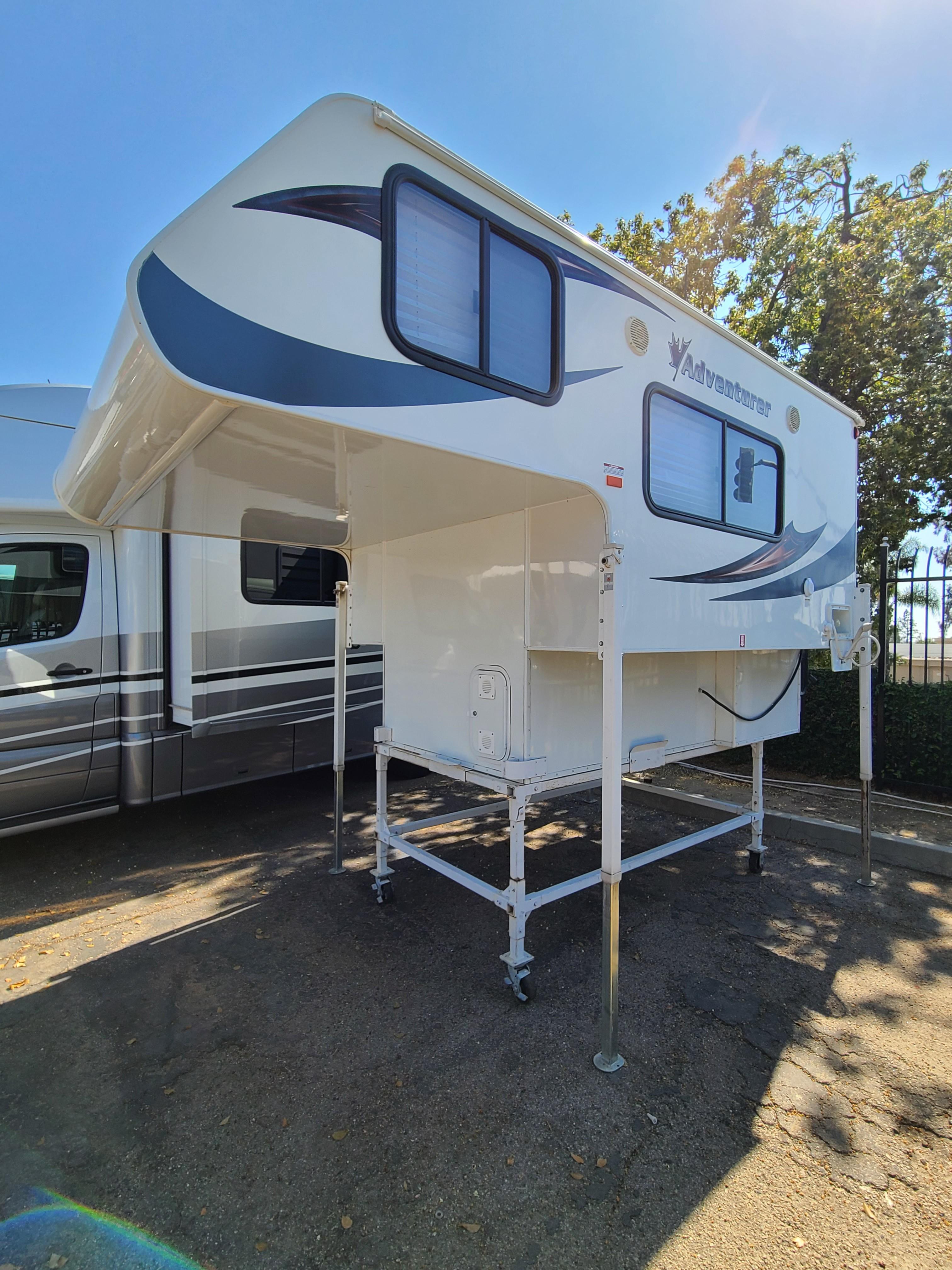 Used, 2017, Adventurer Mfg, 80GS, Truck Campers