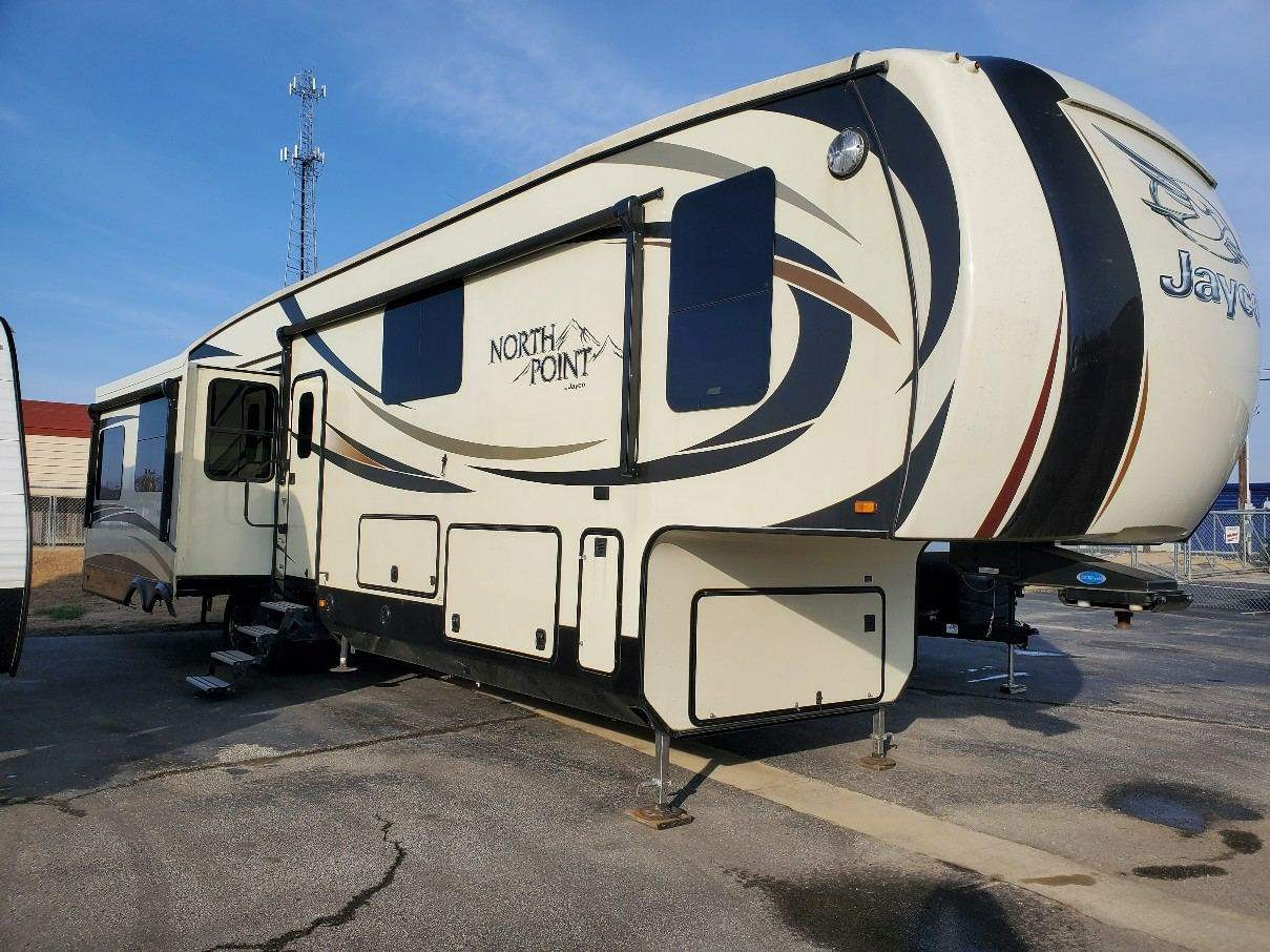 Used, 2016, Jayco, North Point 377RLBH, Fifth Wheels