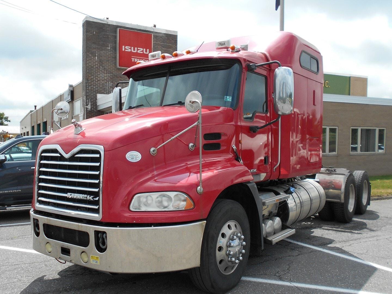Used, 2013, Mack, Pinnacle DayCab AB CXU613, Conventional Trucks