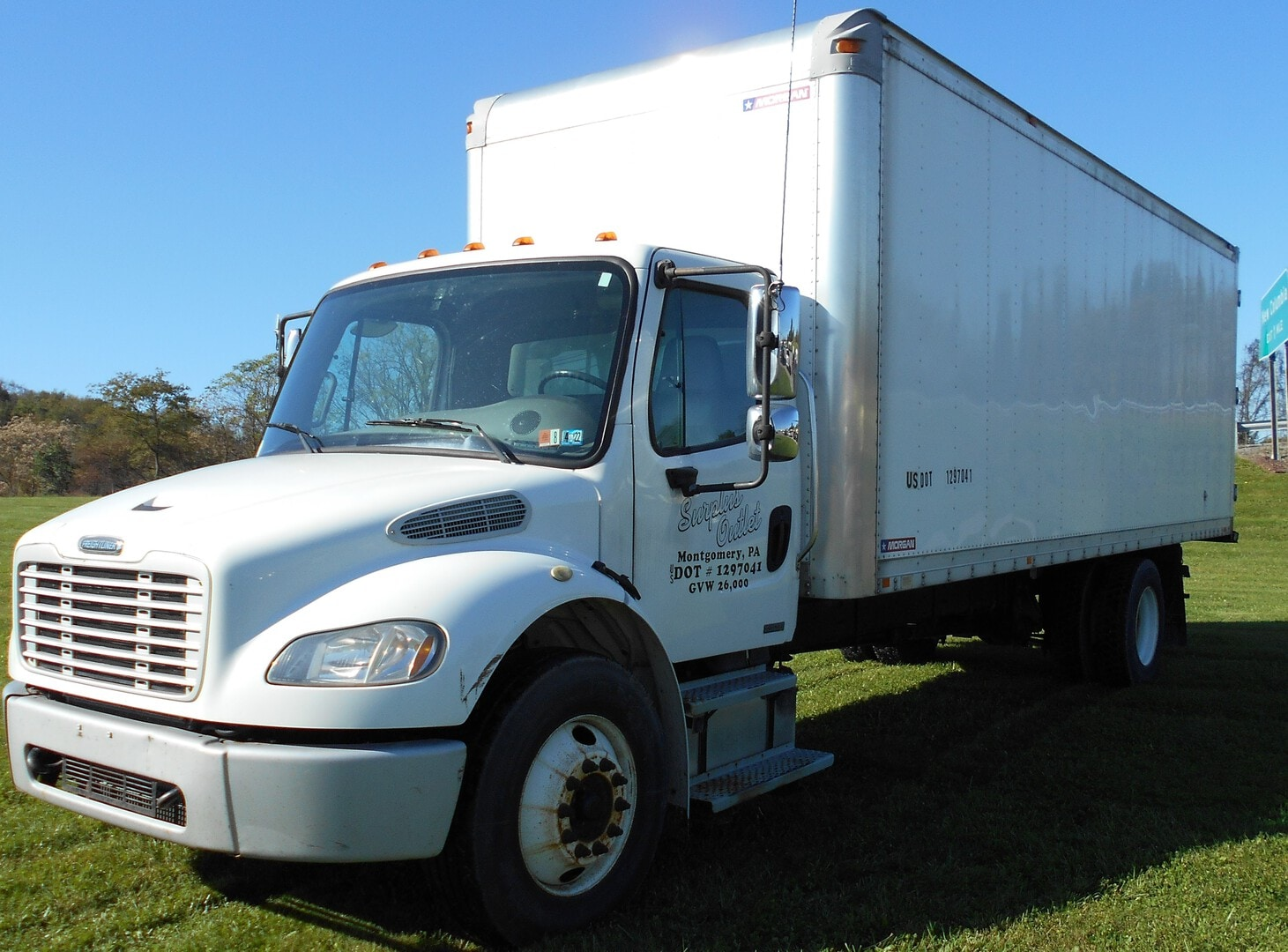Used, 2008, Freightliner, Business Class M2 106, Conventional Trucks