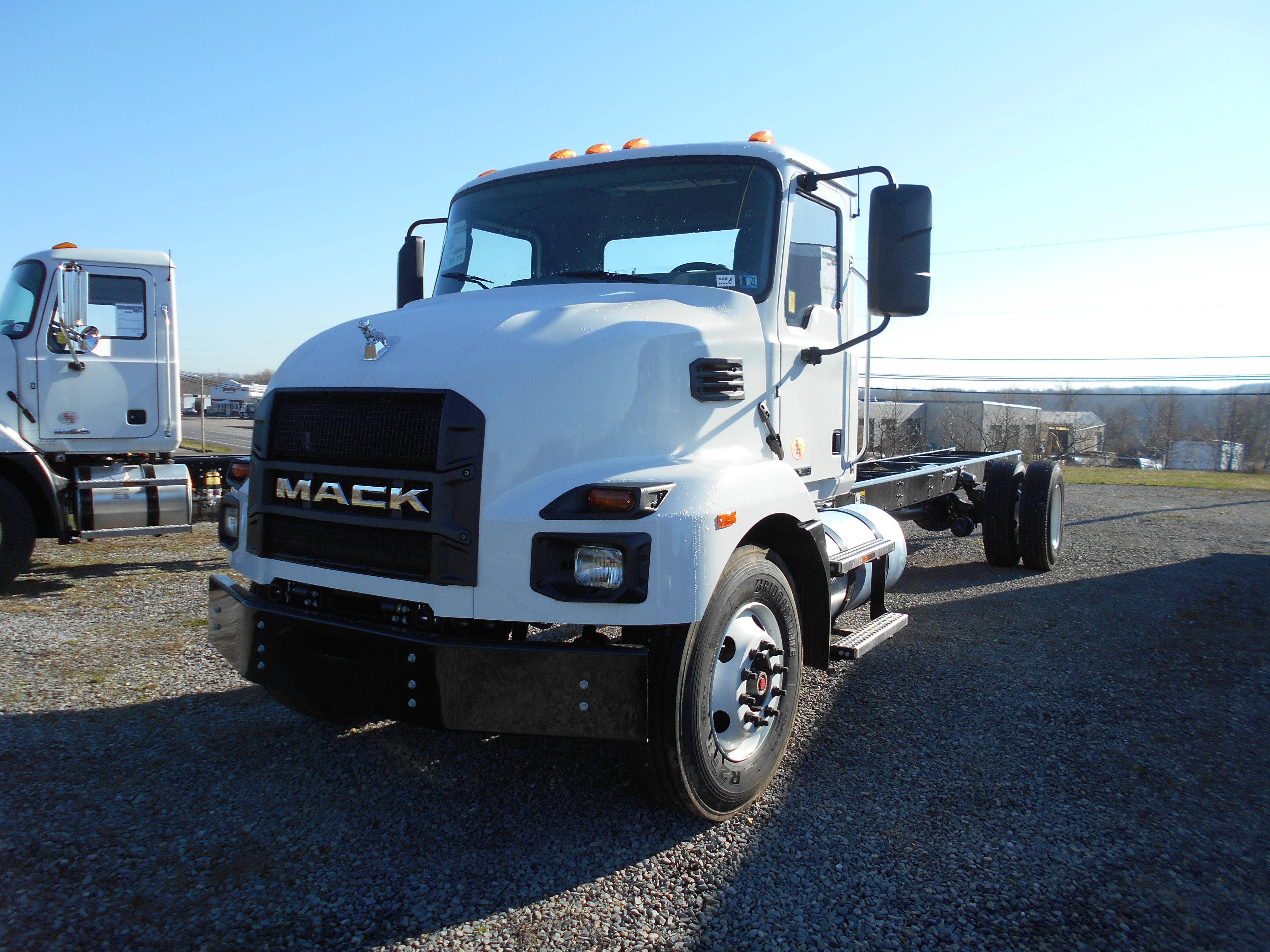 New, 2022, Mack, MD6, Cab / Chassis Trucks