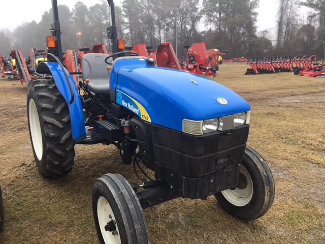 Used, 2008, New Holland Agriculture, TT-A Utility Series - TT45A 2WD, Tractors