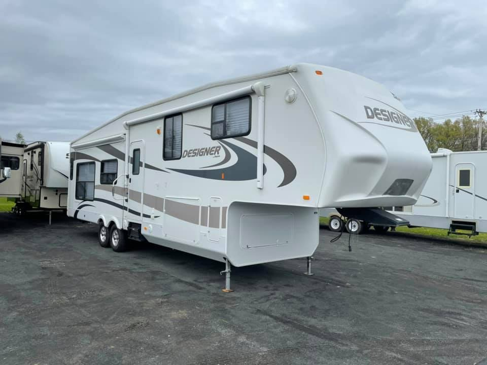 Used, 2010, Jayco, Designer 35 RLTS, Fifth Wheels