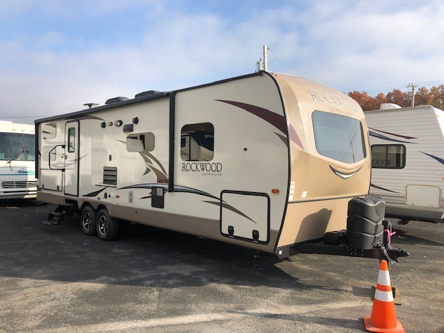Used, 2018, Rockwood, Ultra Lite 2706WS, Travel Trailers