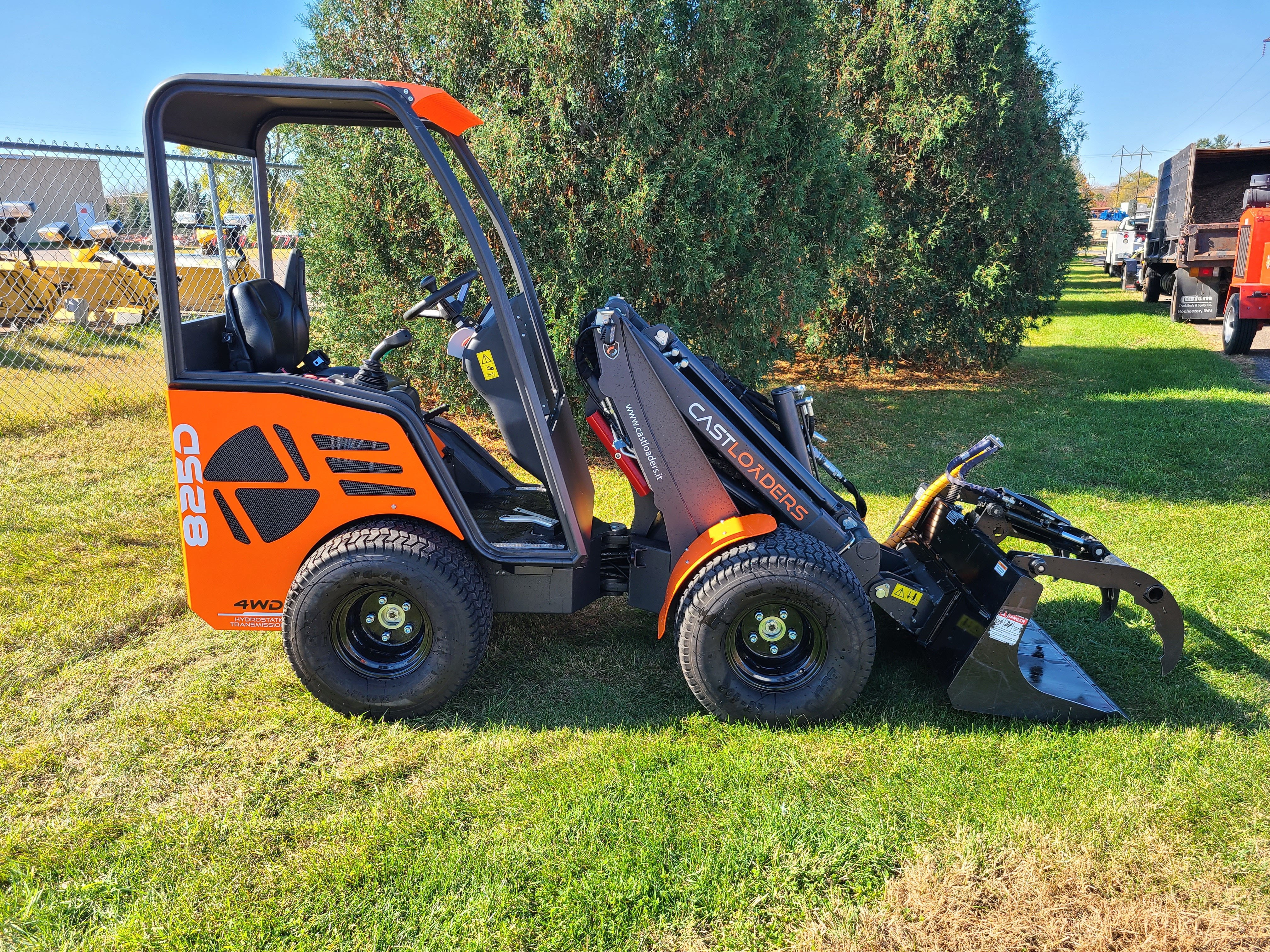 Used, 2019, Cast Loaders, Cast 825D, Loaders