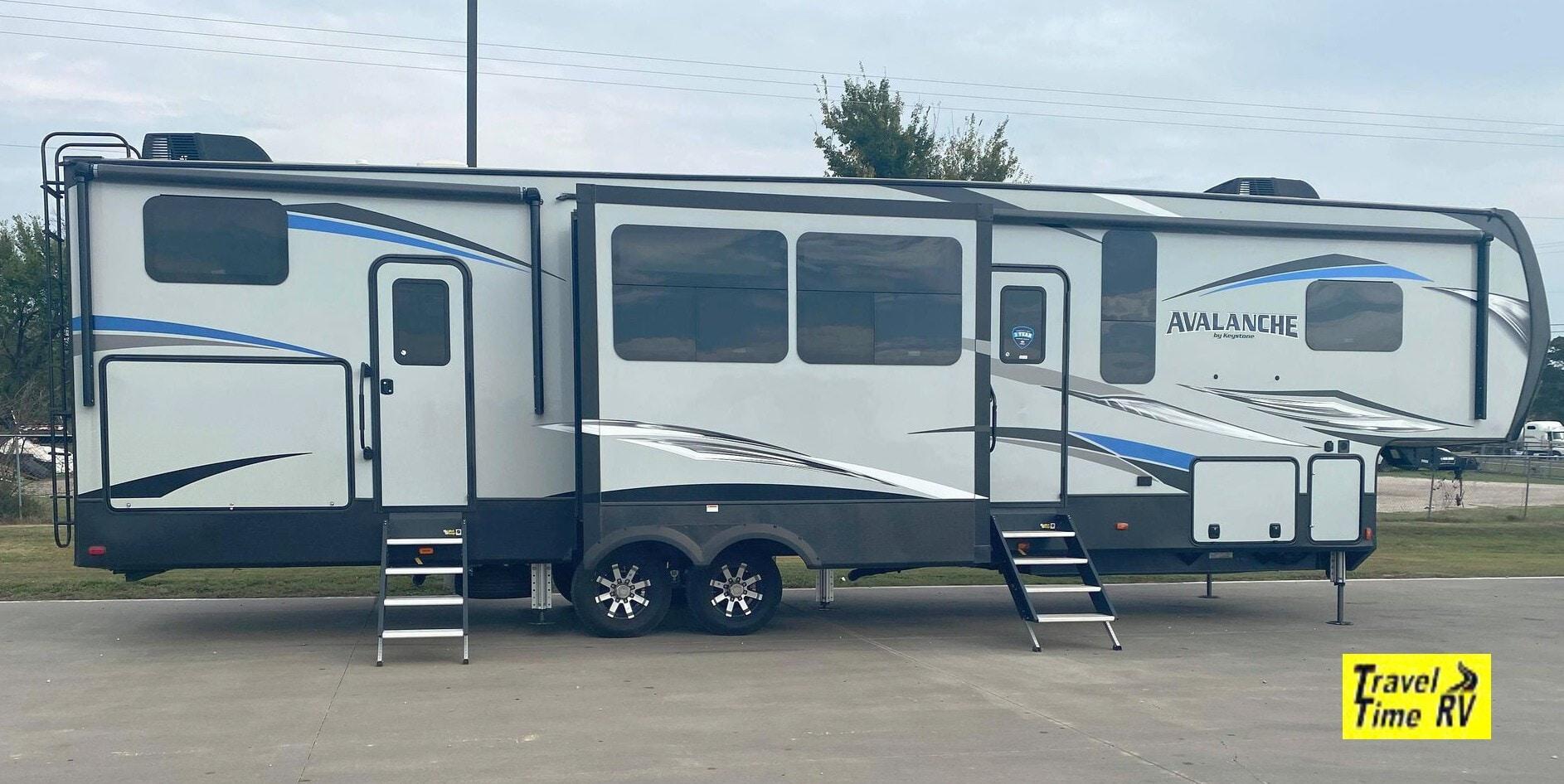 Used, 2020, Keystone, Avalanche 379BH, Fifth Wheels