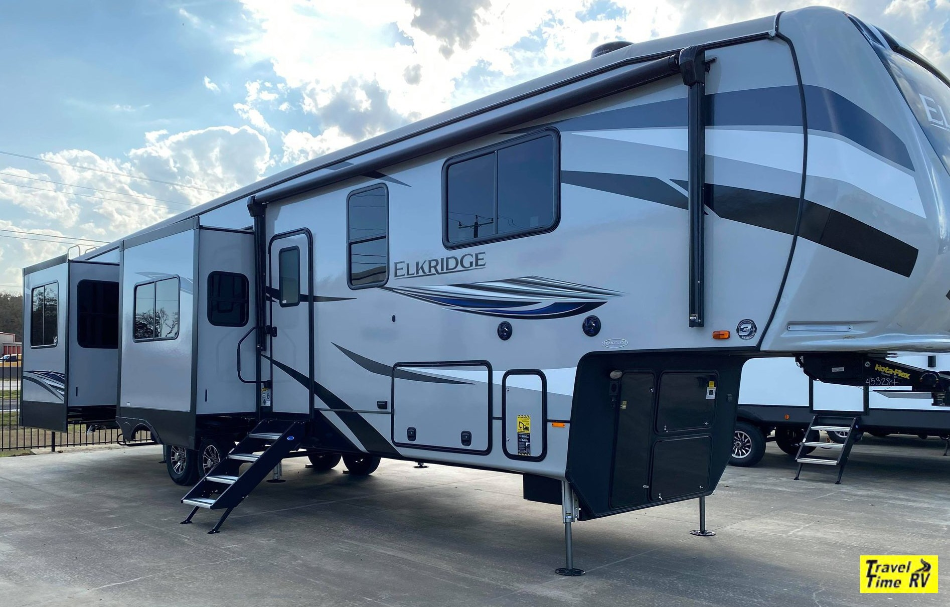 New, 2021, Heartland, Elkridge ER 38RK, Fifth Wheels