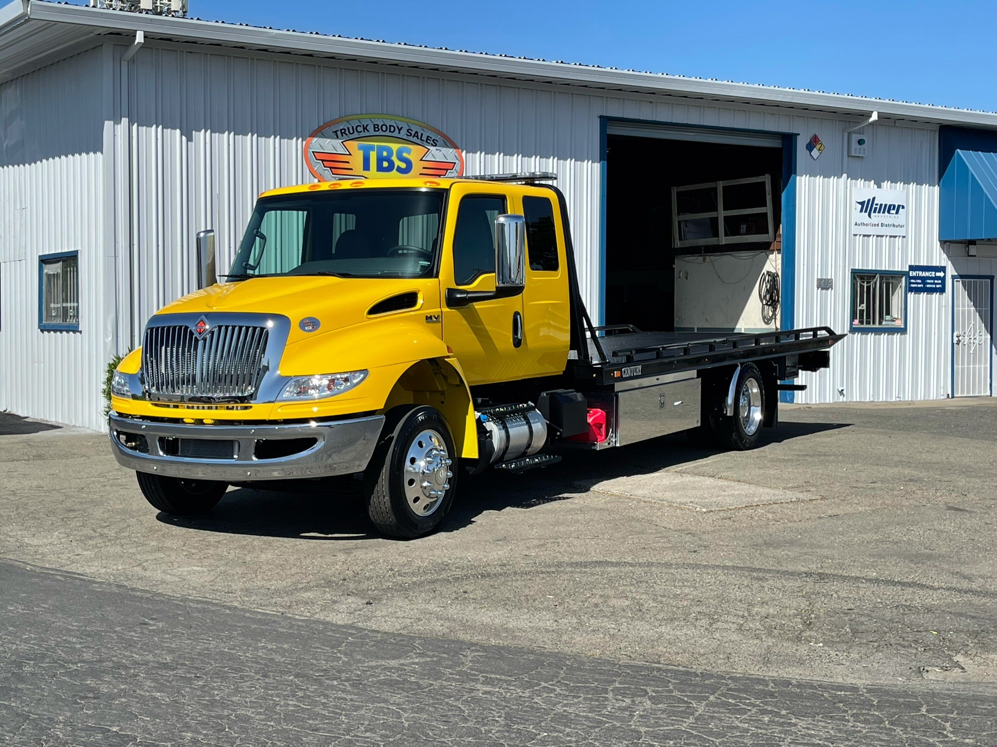 New, 2021, International, MV / Century 12 Series LCG, Tow Trucks