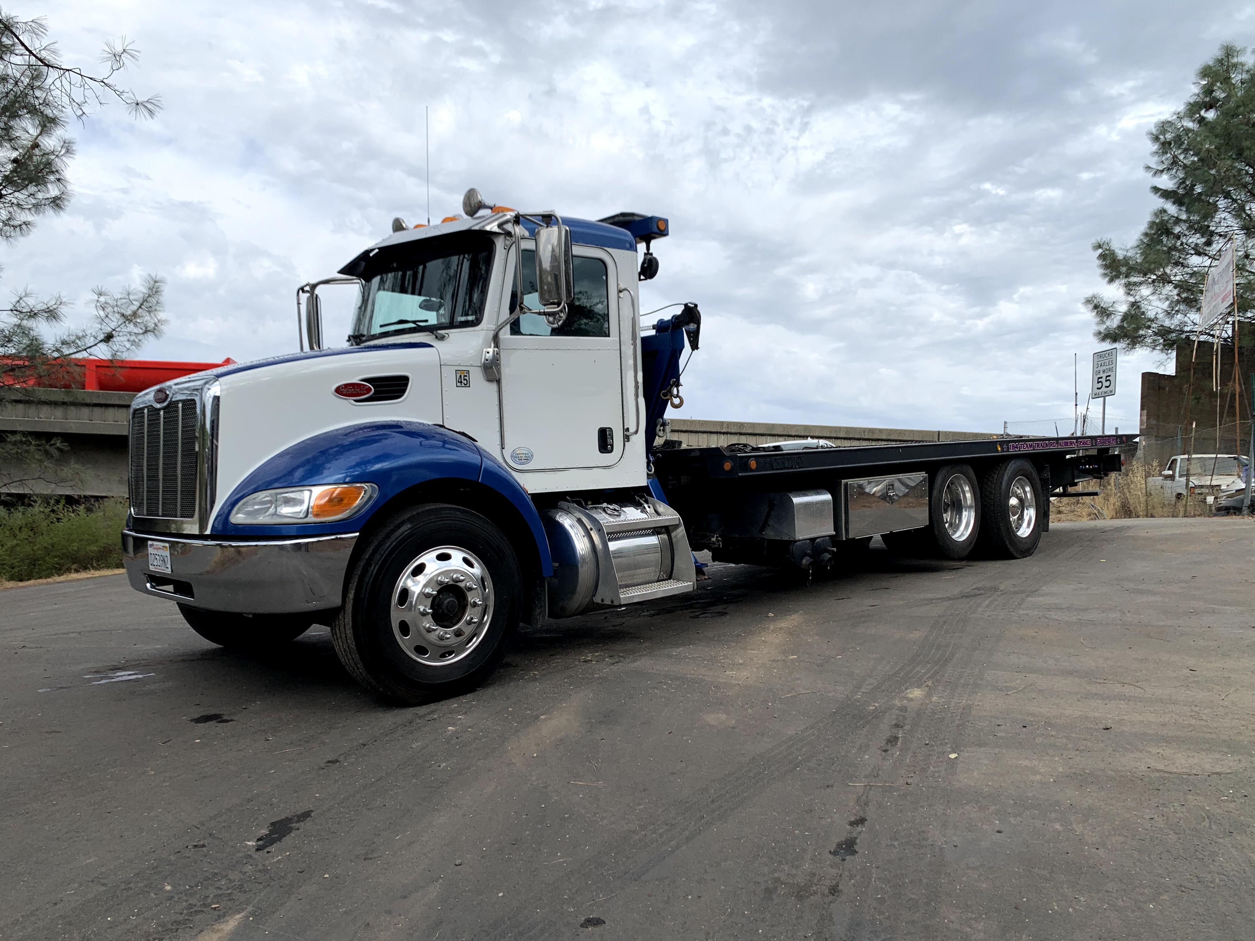 Used, 2015, Peterbilt, 337 / Century 25.0' 16 Series LCG + SP8000, Tow Trucks