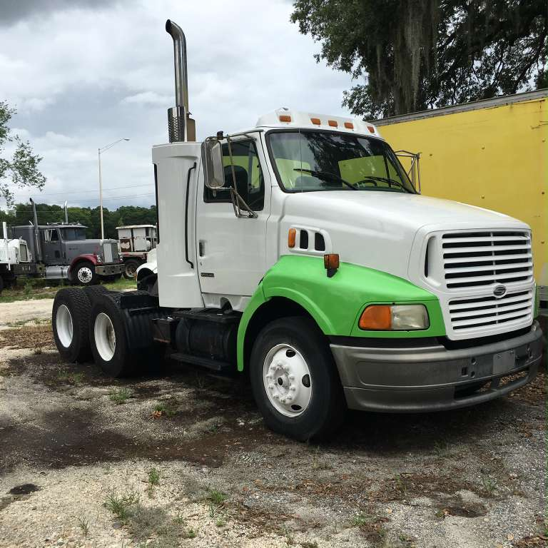 Used, 2000, Sterling Trucks, AT9500, Conventional Trucks