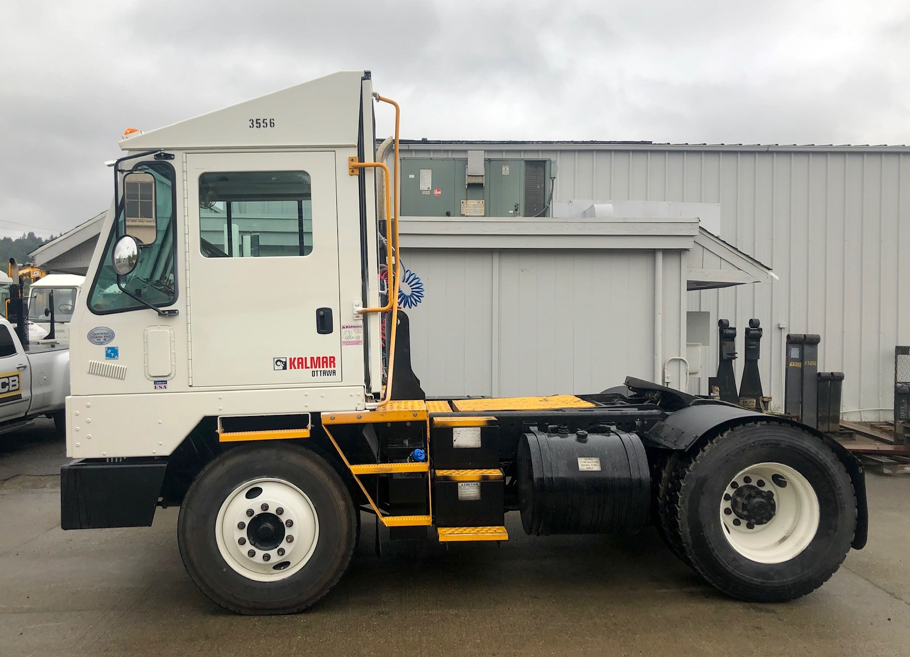Used, 2013, Ottawa, 4X2 DOT/EPA Certified , Yard Spotter Trucks