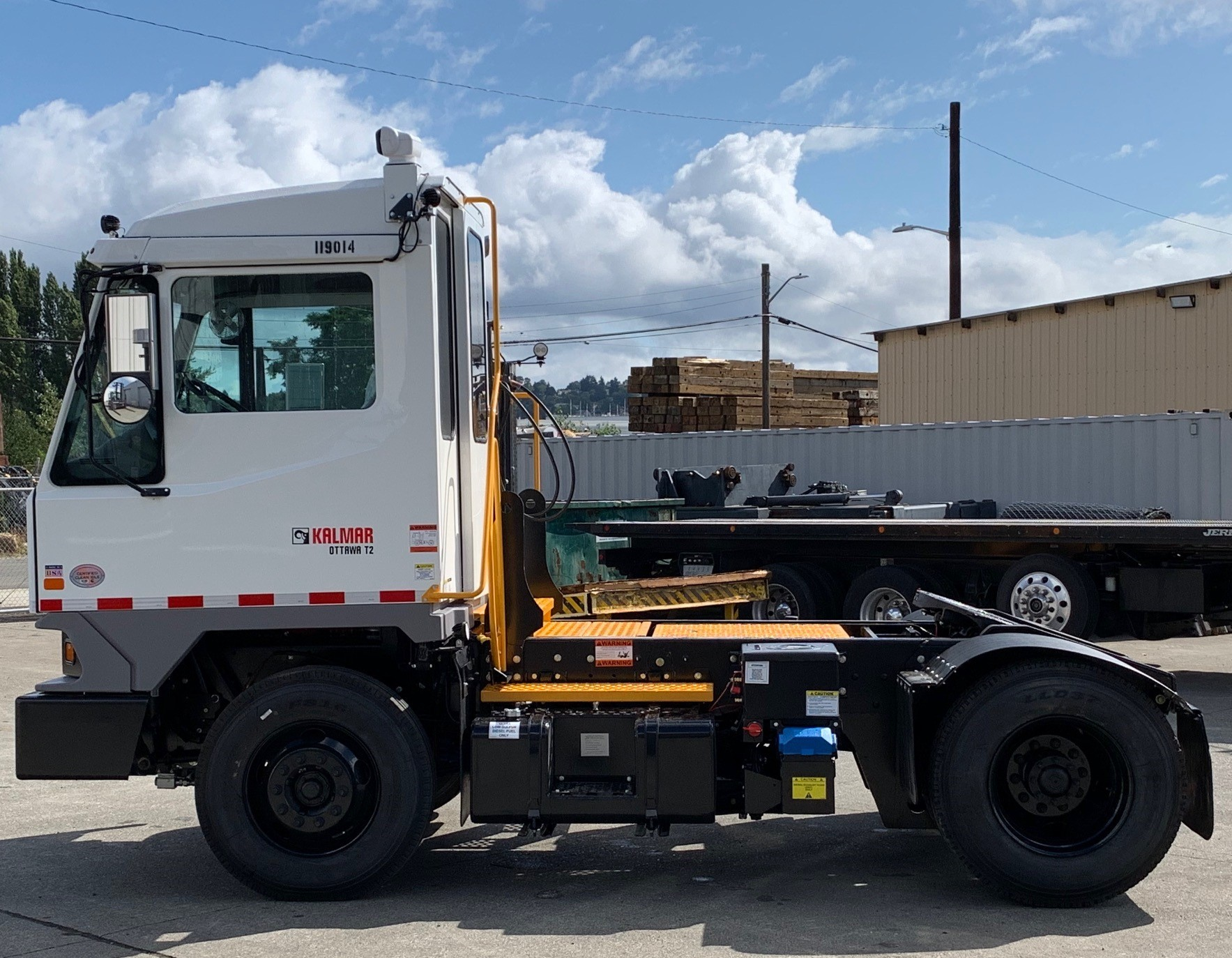 New, 2019, Ottawa, T2 DOT (street legal) , Yard Spotter Trucks
