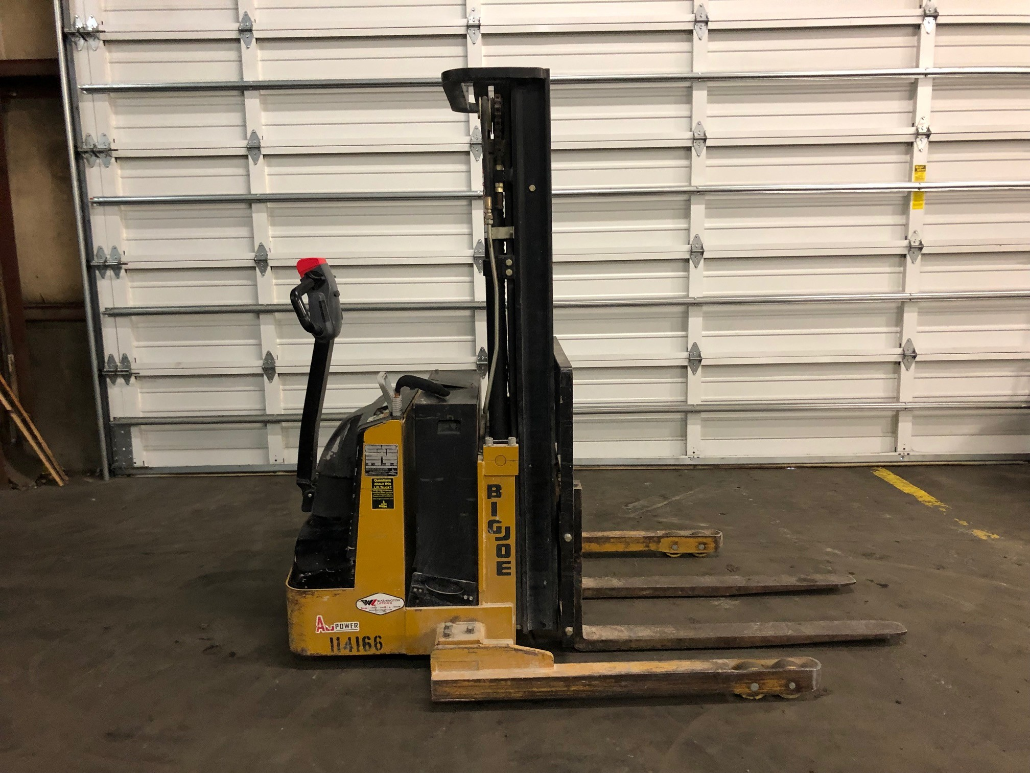 Used, 2014, Big Joe, PDS 25-157 (TriMast), Material Handling Equipment