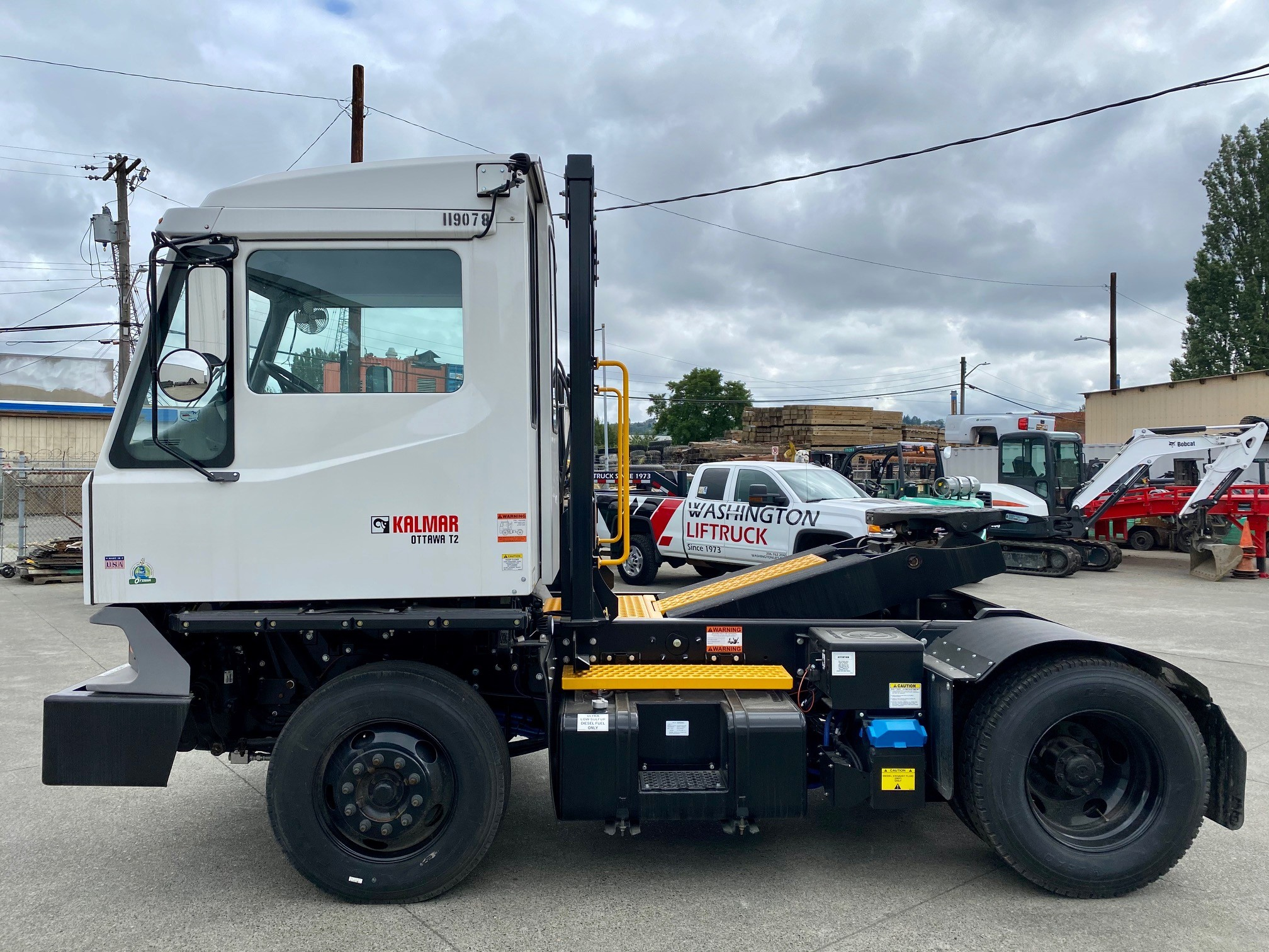 New, 2019, Ottawa, T2 Off Road , Yard Spotter Trucks