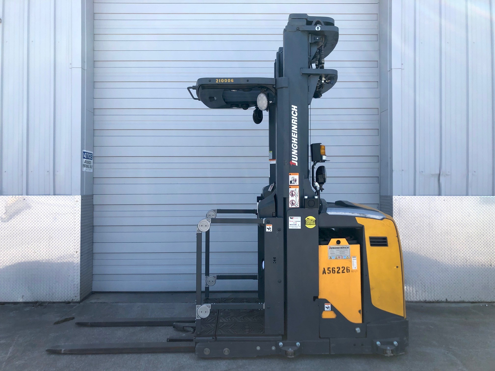 Used, 2011, Jungheinrich, EKS 230, Forklifts / Lift Trucks