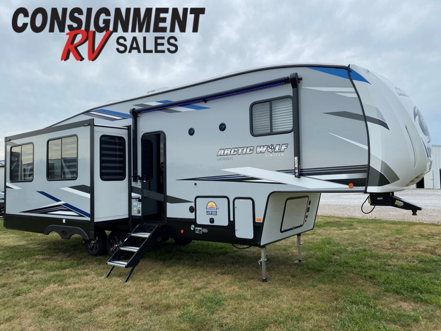 New, 2022, Forest River, Cherokee Arctic Wolf 291RL, Fifth Wheels